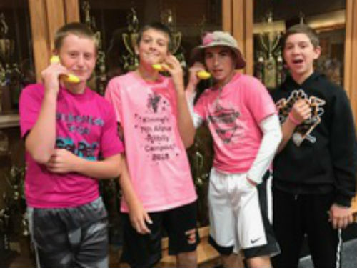 OUR BOYS LOOK GOOD IN PINK ON THEIR BANANA PHONES....LOL