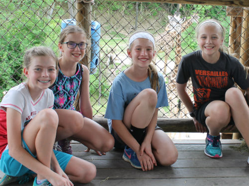 5th grade girls at the Cincinnati Zoo