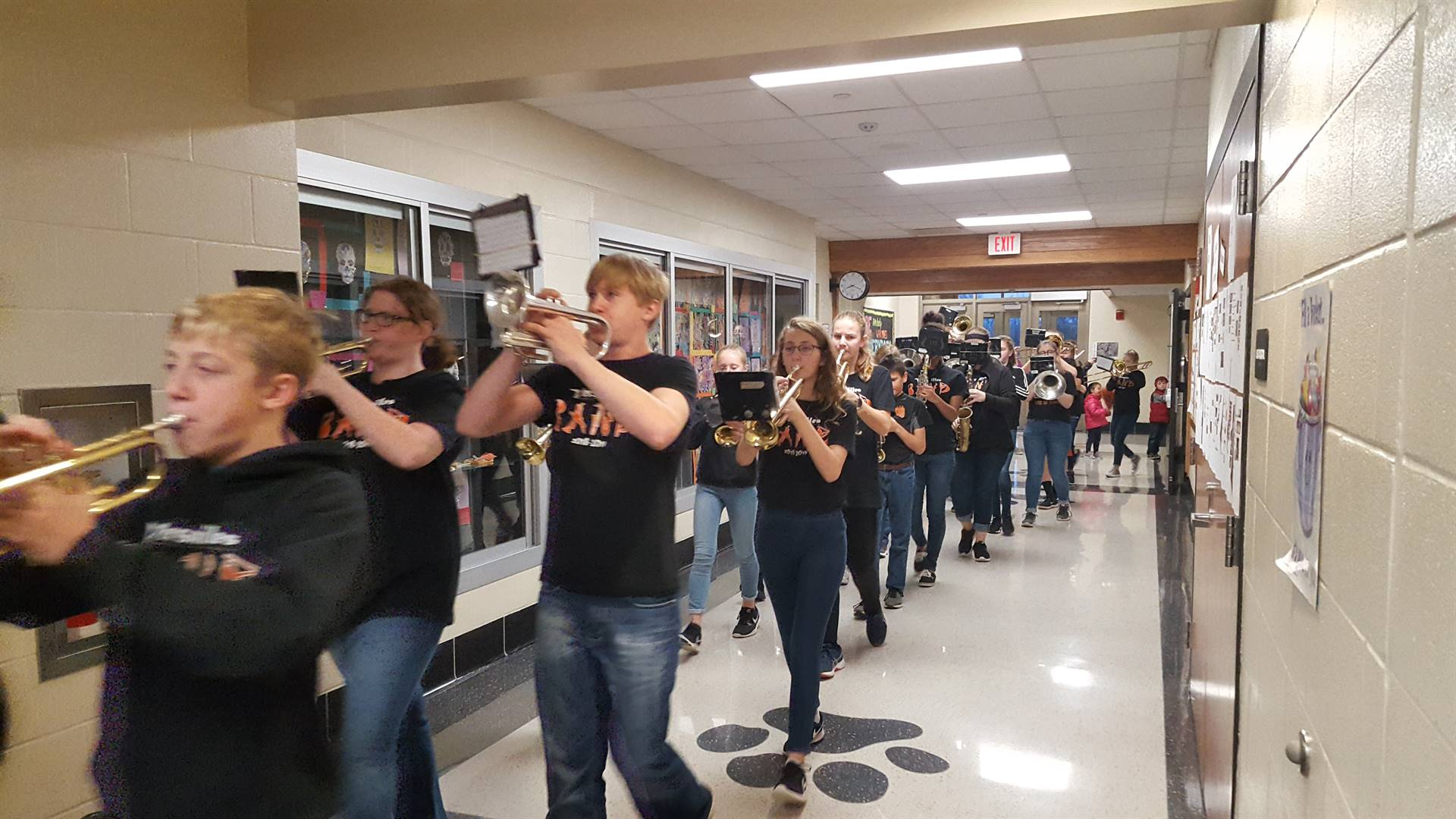 Jr. High Band performs at clap thru