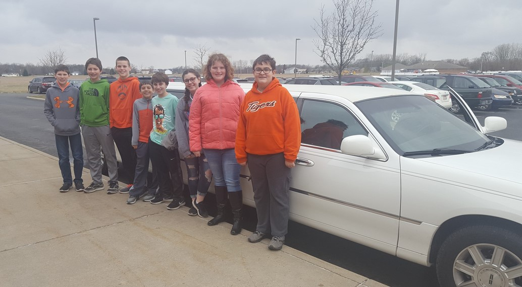 Top magazine sales winners in 7th grade receive limo ride