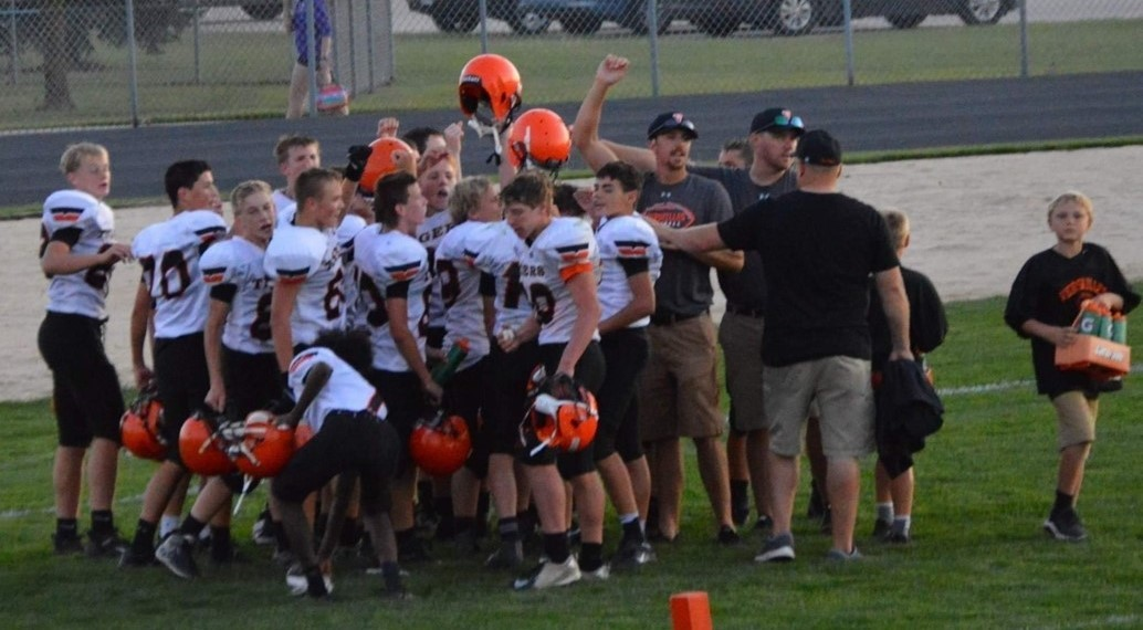 8th grade huddle after the win again Ft. Recovery