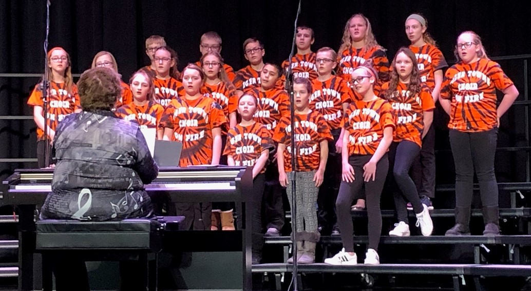 Tiger Towne Choir on stage