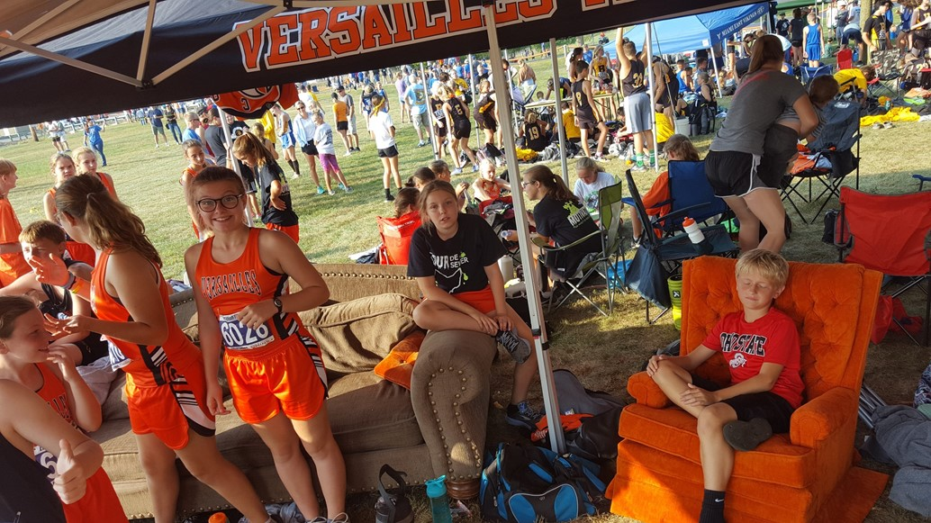Jr. High CC relaxing before the big race